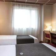 Chambre triple de l'hôtel Campanile Metz Nord - Talange