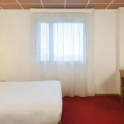 Chambre double Standard de l'hôtel Campanile Metz Nord - Talange