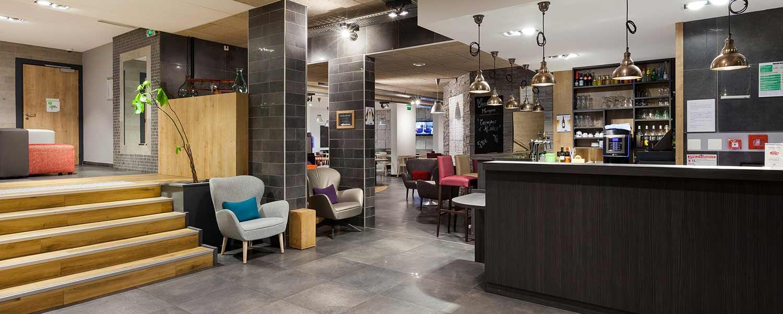 Réception de l'hôtel Campanile Metz Nord - Talange