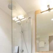 Salle de bains de l'hôtel Campanile Metz Centre-Gare