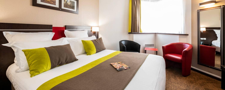 Chambre double de l'hôtel Campanile Reims Centre-Cathédrale