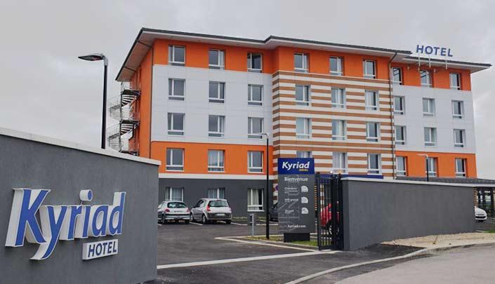 Façade de l'hôtel Kyriad Pontarlier