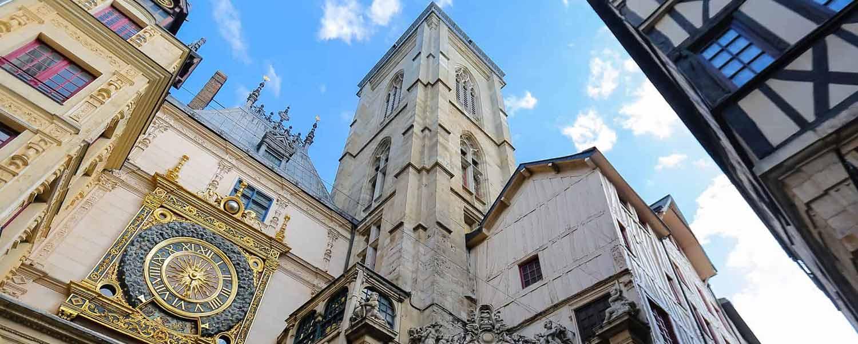Horloge de Rouen à proximité de l'hôtel Kyriad Rouen Sud - Val de Reuil